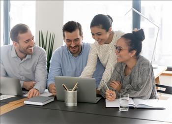 Intelequia estrena nuevo asistente virtual